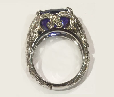 Custom ring design by Dario Pirozko