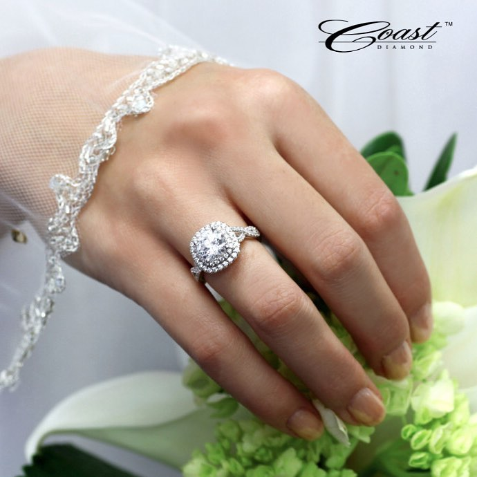 Engagement ring from the Coast Diamond collection